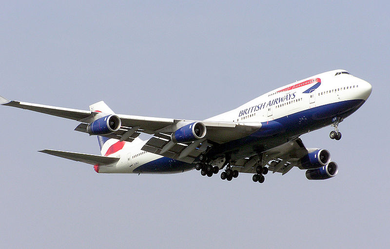 British Airways Boeing 747-400 landing at London Heathrow Airport