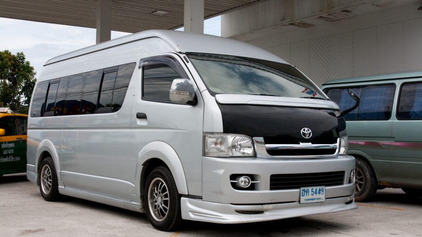 Toyota Ventury Majesty Commuter in Thailand
