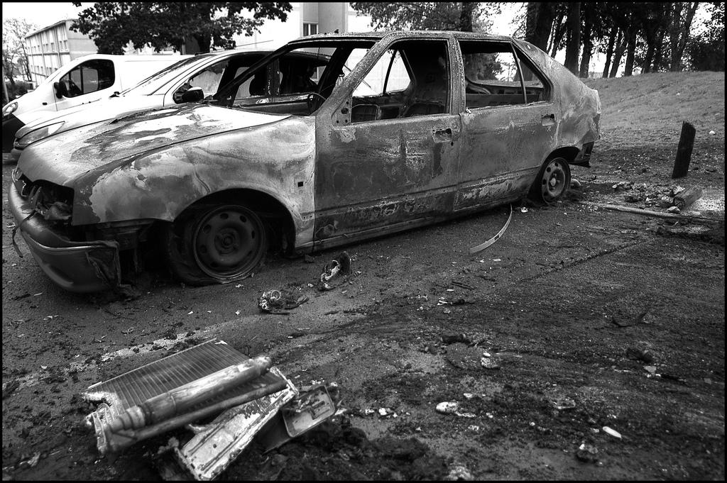 Torched car in Paris suburb
