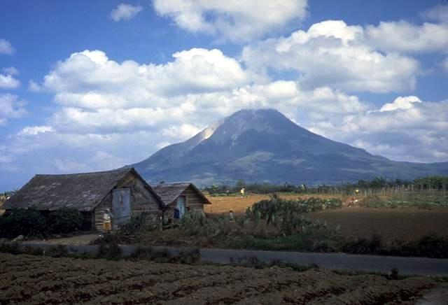 Mount Sinabung eruption: Indonesia's lagging volcano preparedness