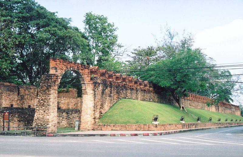 Nakhon Si Thammarat city wall