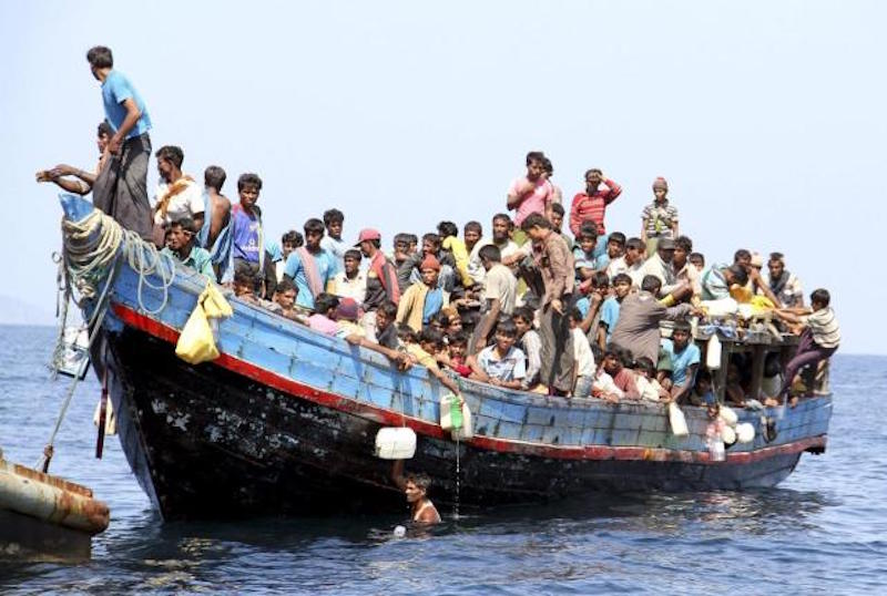 250 Rohingya men swim ashore in Southern Thailand