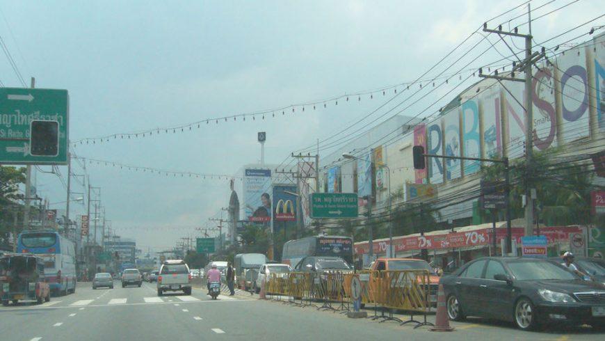 Main Road in Sriracha, Chonburi