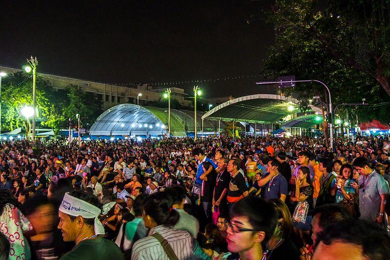 Bangkok shutdown: PRDC seizes Lat Phrao five-way intersection