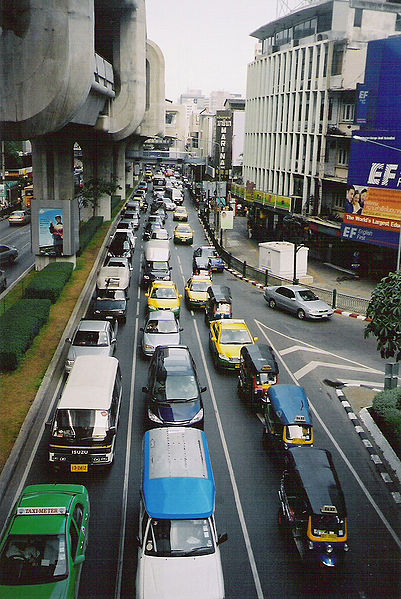 Thailand New Year road toll rises to 282
