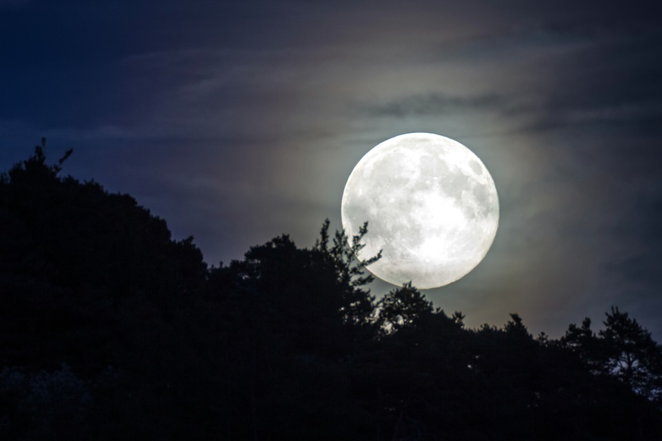 Full moon (Super Moon) in Thailand