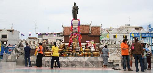 Almost 100 artefacts stolen from Khon Kaen museum