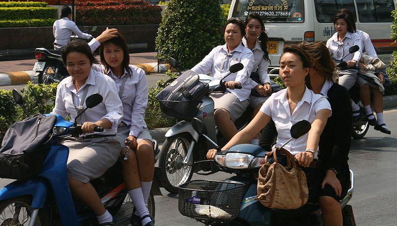 Phuket Police anti-drugs campaign targets kids