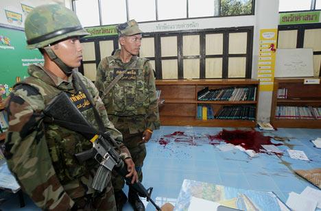 Three Buddhist teachers were shot dead in southern Thailand.